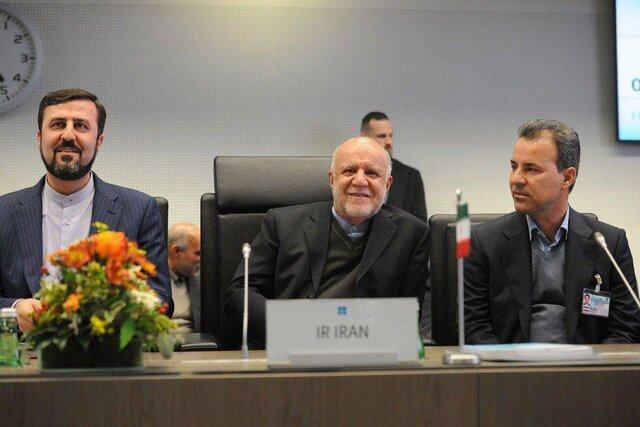 نماینده ایران: از حقوق خود در فراوری و صادرات نفت کوتاه نمی آییم
